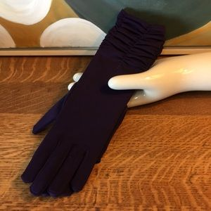 Purple Ruched Gloves